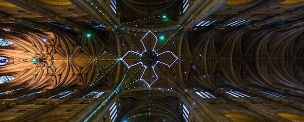 巴黎saint-Eustache 教堂:激光星座