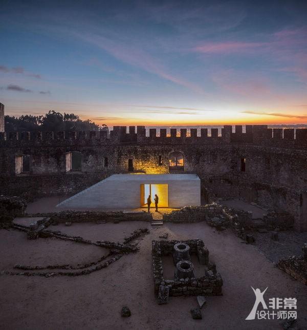 葡萄牙彭巴尔城堡游客中心
