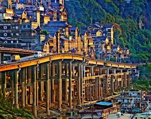 一城一世界 重庆率领3D魔幻风