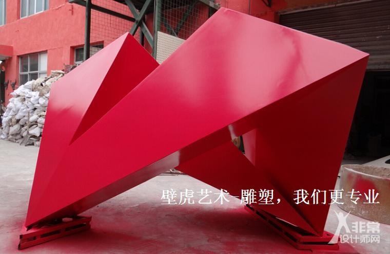 深圳某地产304不锈钢雕塑制作现场