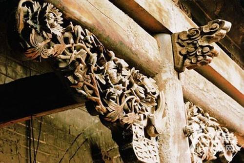 雀替:中国古建筑细节处的大美之色