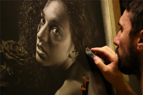 意大利艺术家Emanuele Dascanio超写实肖像画