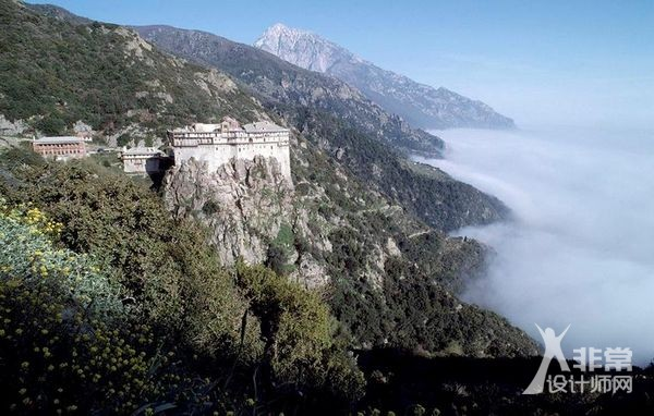 苦修士的圣地——希腊阿索斯圣山修道院