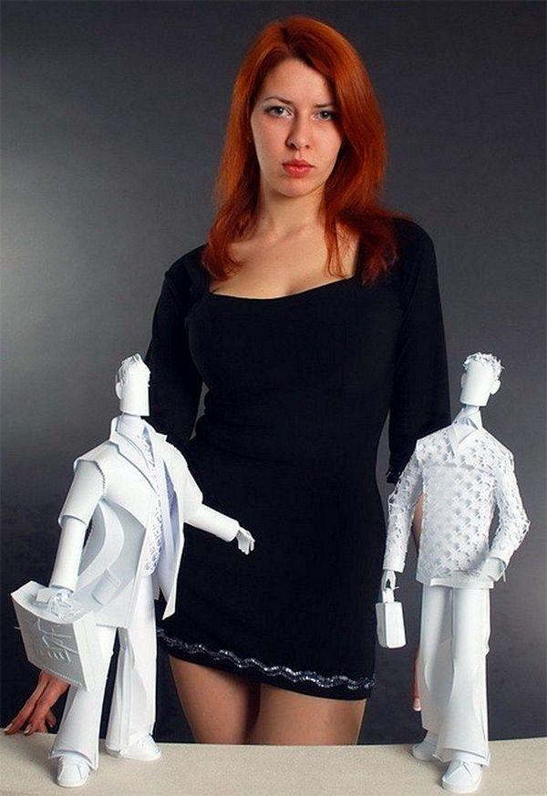 精妙绝伦的纸雕技艺,穿着婚纱的纸娃娃世间独一个