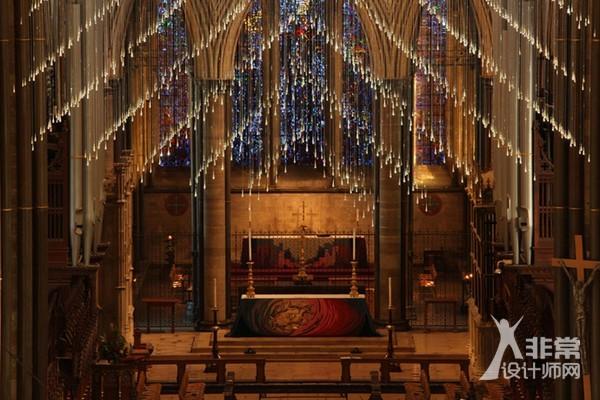 "Bruce Munro:索尔兹伯里主教堂""光之浴"