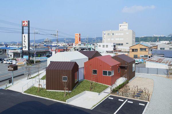 八个坡屋顶体量,凑成一座动物医院