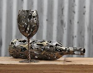 如果你也有一堆找不到门的旧钥匙,可以跟他这样做