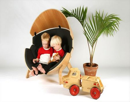 """[产品设计]喧闹环境的避风港 think & shift打造""""捉迷藏""""儿童座椅"""
