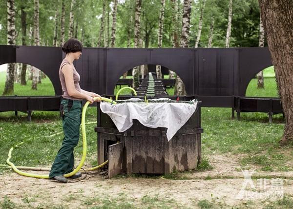 """日内瓦:""""螺旋藻泉""""培育花园"""