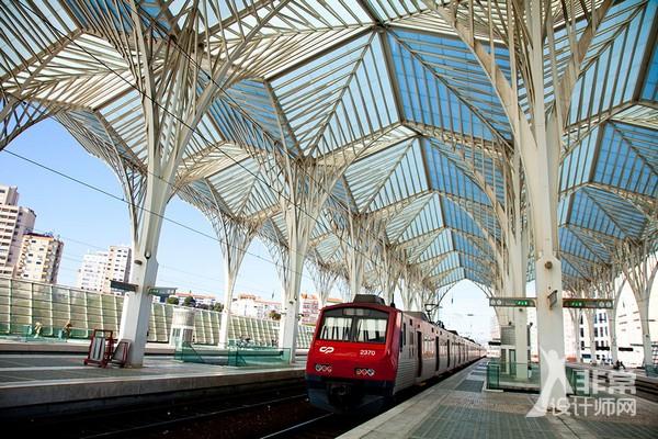 【大师说】圣地亚哥·卡拉特拉瓦的建筑创新图片