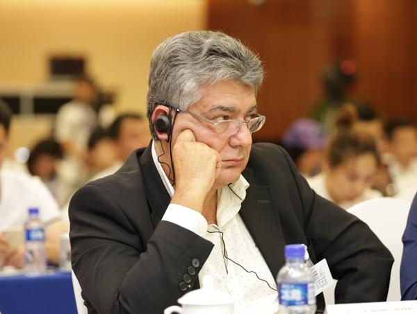 巴西代表爱德华多·巴罗索·内托