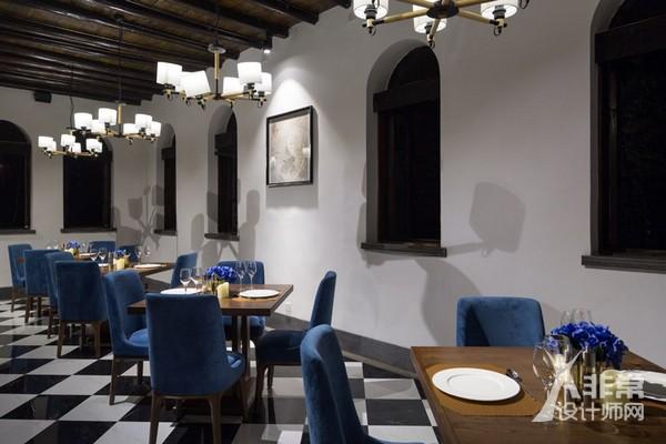 贵州百年老宅改造的两个中西餐厅