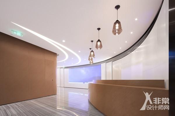曲线切割 | 苏梵造型空间设计