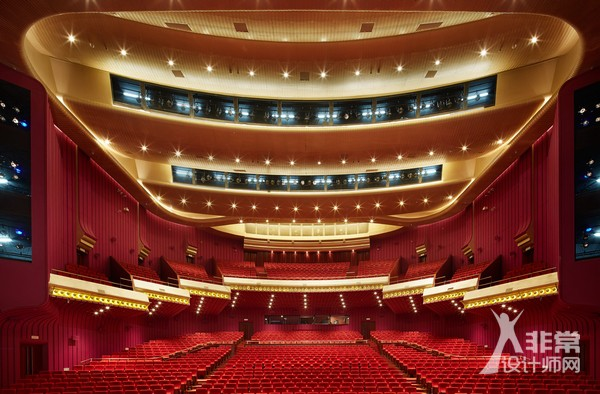 北京天桥艺术中心1600座大剧场