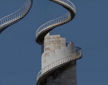 有命上没命下的楼梯,恐高症患者的噩梦