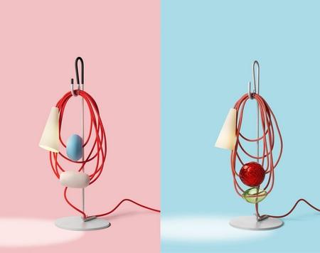 用裸露的电线装饰的台灯Filo