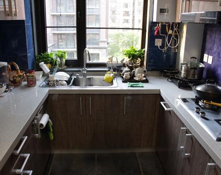 室内软装8 厨房里哪种橱柜最节省空间