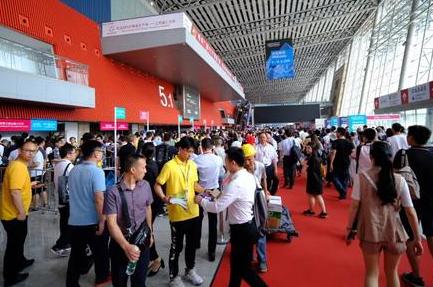 展现划时代变革 2019「广州国际照明展览会」6.9盛大揭幕
