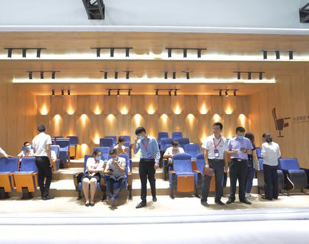 麗江椅業:做好產品做好品質