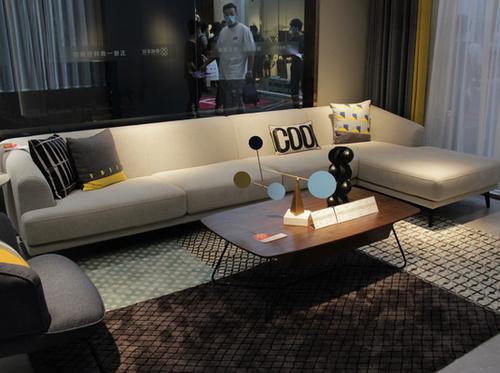 健威家居:成品加定制打造美好空間